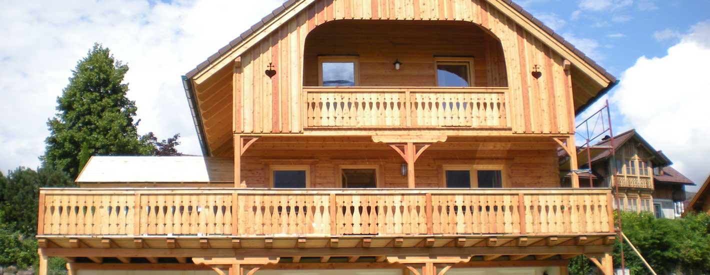Fassaden und Balkone